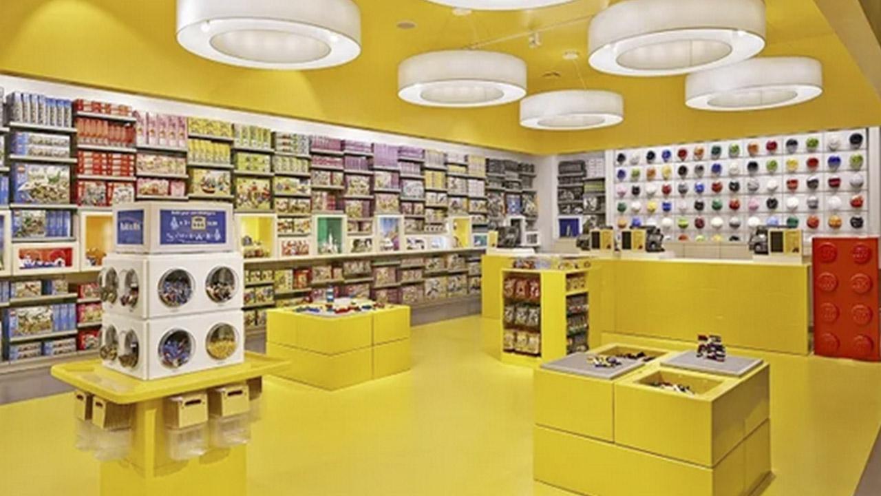 Interior LEGO® Store Barcelona Lego.com