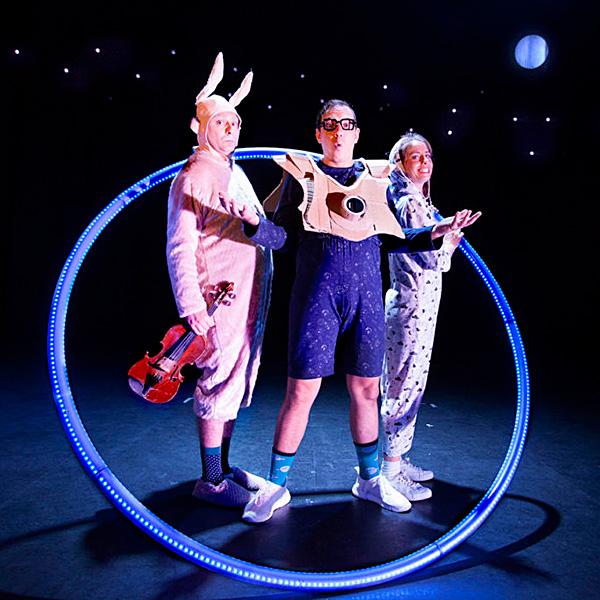 Neón (Truca Circus) en Teatro Juan Bravo en Segovia
